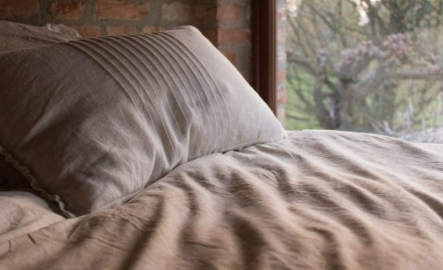 best-body-pillow-for-side-sleepers