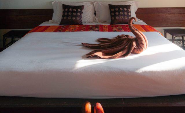 queen-platform-bed